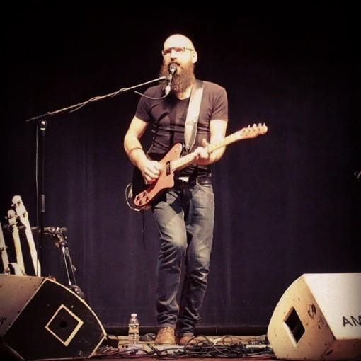 Ael_concert_giroussens_guitare_electrique (2)