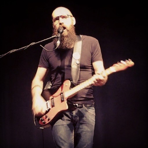 Ael_concert_giroussens_guitare_electrique (4)